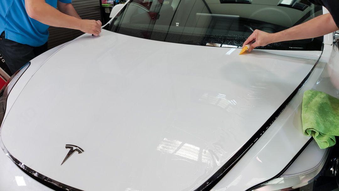 Instalación film protección de pintura en el nuevo Tesla Model 3